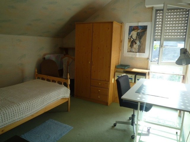 Furnished room + equipped kitchenette