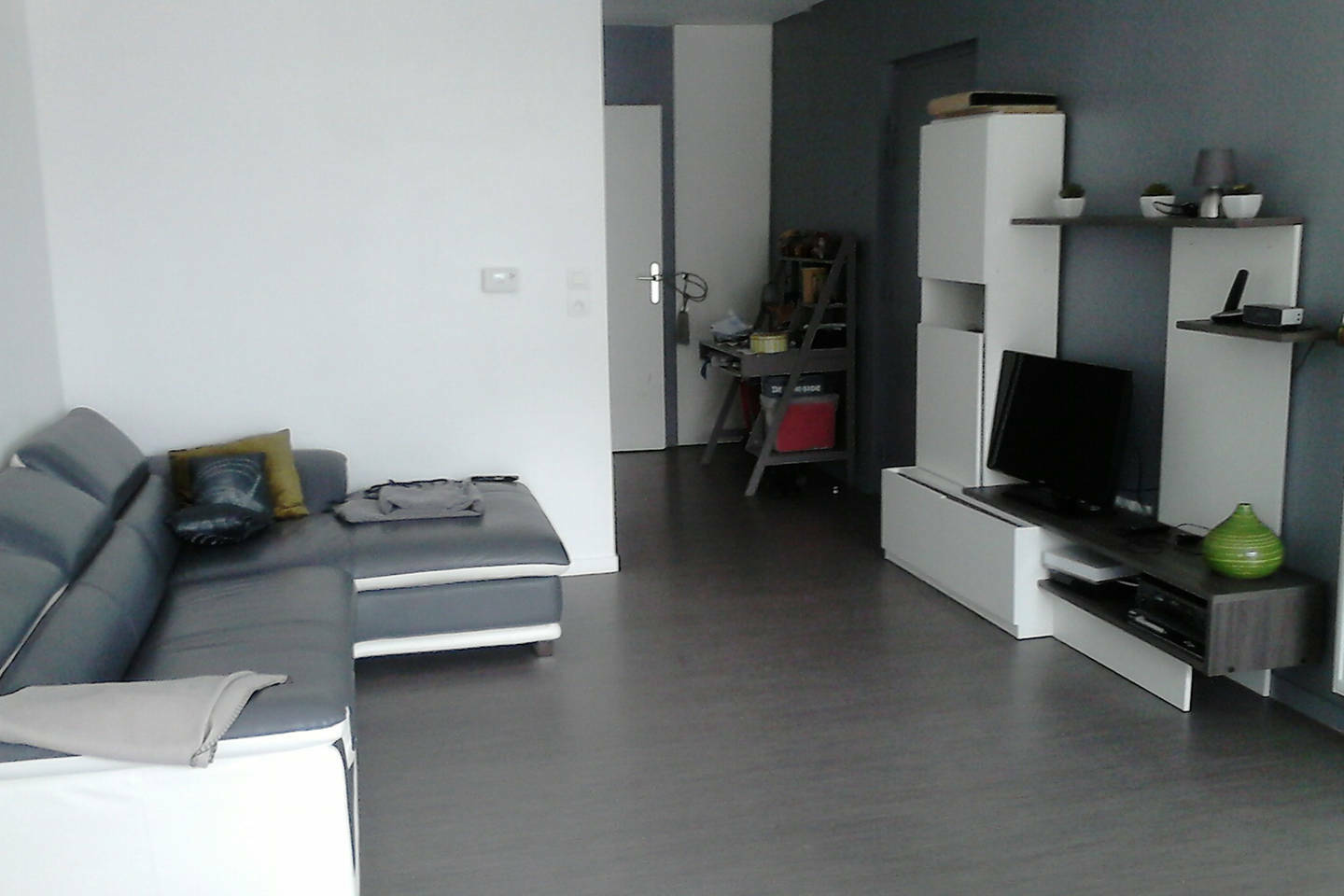 Room To Rent In The Week Or In The Month