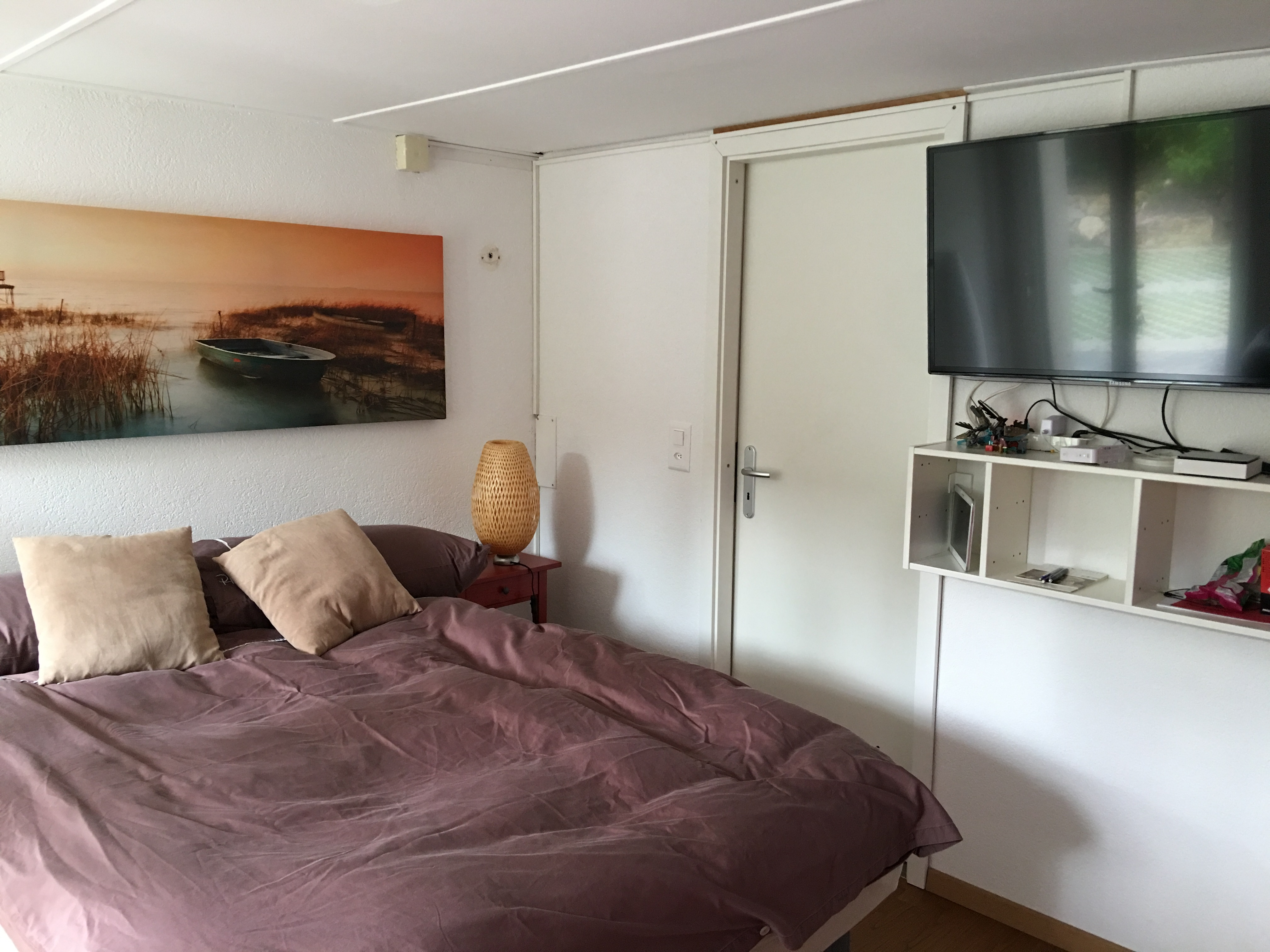 Studio theresa meubl 3 km lausanne location meubl e lutry roomlala - Location chambre lausanne ...
