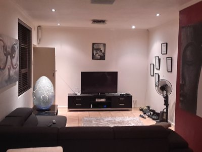 Nice Fully Furnished Inner City Apartment
