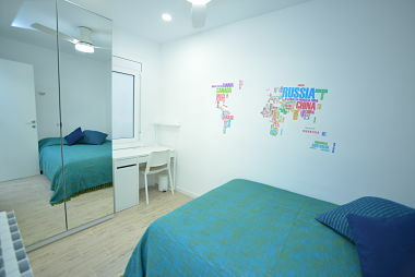 Comfortable Room With Double Bed In Gorgeous Newly Renovated, In Sants Badal