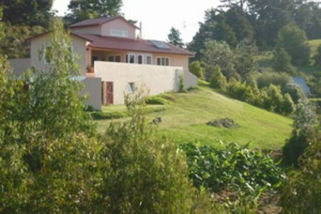 Room For Rent: 40km North Of Auckland