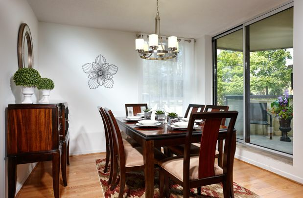 Dining room  Amenities & Features of Apartments