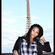 Roomlala | Yasmine E.